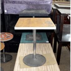 Деревянный стол б/у на металлической ноге