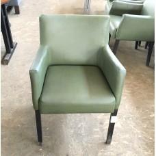 Кресло б/у кожзам зеленое