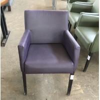 Кресло б/у кожзам фиолетовое